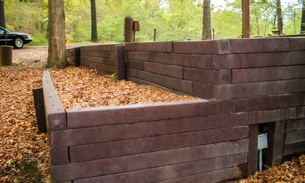 3 Ways HDPE Outperforms Treated Wood Alternatives